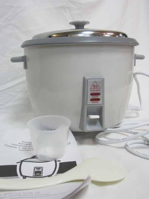 autocuiseur de riz psd181 avec panier vapeur m tal 1 8 litre ustensile. Black Bedroom Furniture Sets. Home Design Ideas